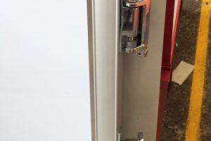 block-door-hinges